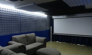 Panoramica sala home cinema 21:9